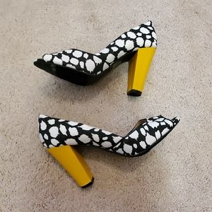 Black and white heels size 7